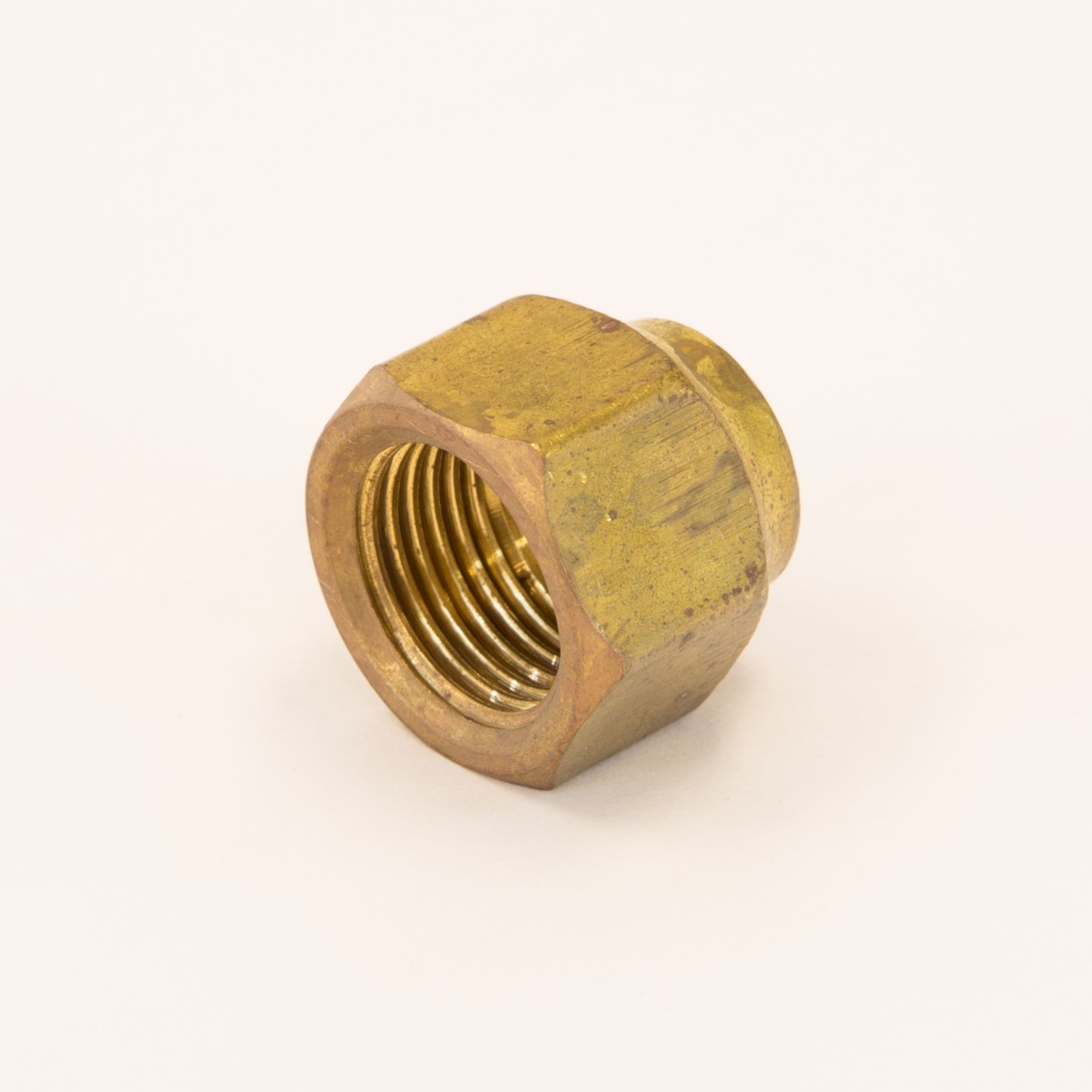 "BFFNRS464 - Brass Flare Nut Tube Connection, Short Forged, Reducing, 3/8"" O.D. Flare X 1/4"" O.D. Tube Size, 13/16"" O.D. Hex"